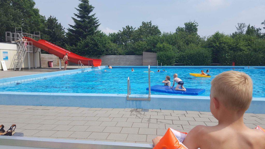 zwembad de vrije slag in bennekom