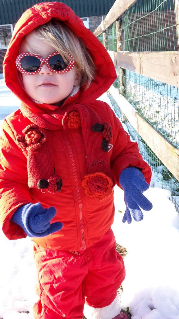 Mijn dochter wil graag op wintersport in skipak Lisette Schrijft