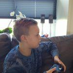 Mijn gamende zoon: zijn verhaal over Flatout 4. En over zijn moeder.
