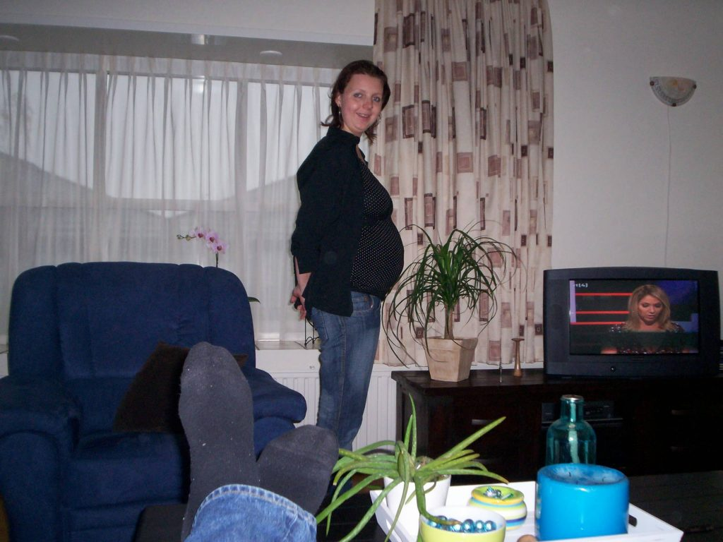 zwanger 6 maanden buik zwangerschapsdagboek