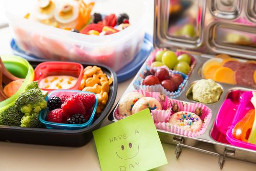 lunchbox bento box voor op school gezond tussendoortje Lisette Schrijft