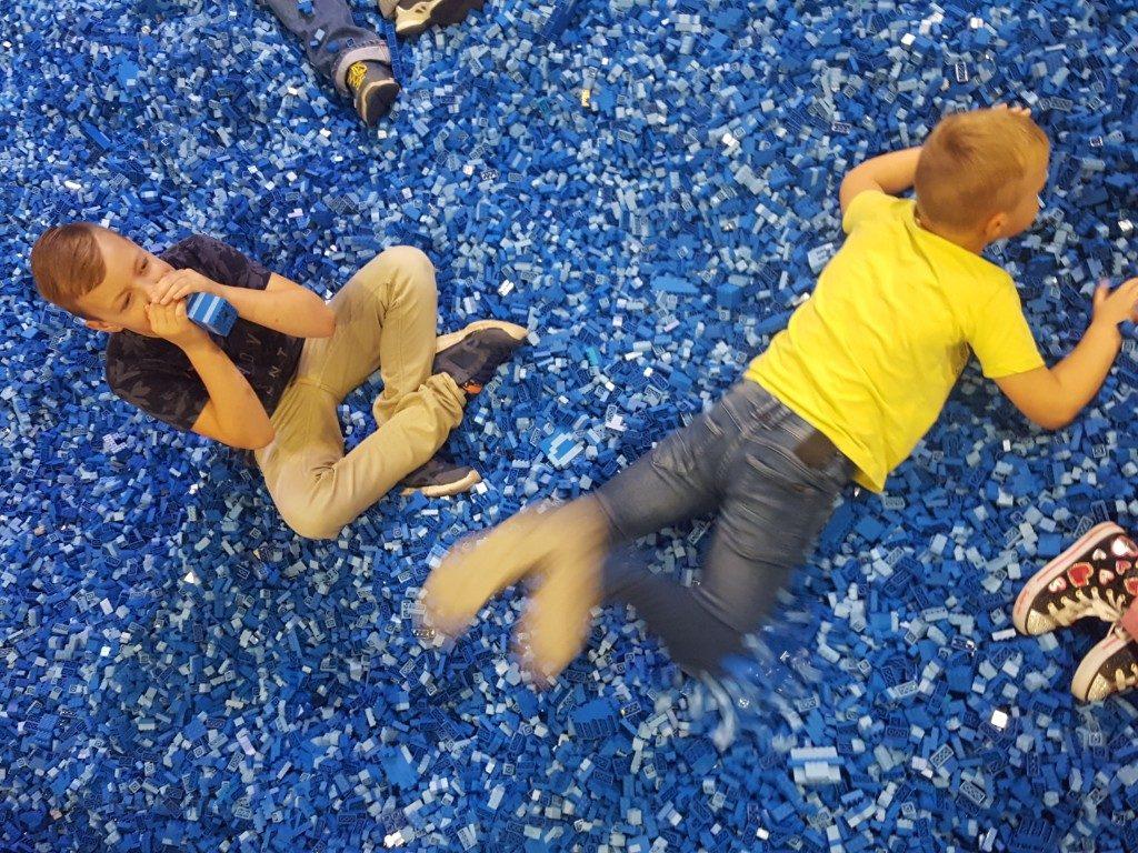 Lego zwembad op Lego world Lisette Schrijft