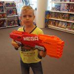 Wat is dat toch met jongens en pistolen?