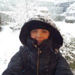 winterdip sneeuw en dan warme kleding aan lisette Schrijft