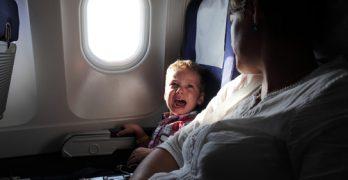 Ik ging 10 uur vliegen met kinderen en dit is wat er gebeurde…
