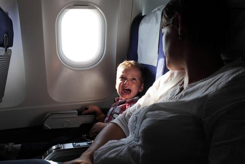 10 uur vliegen met kinderen Lisette Schrijft
