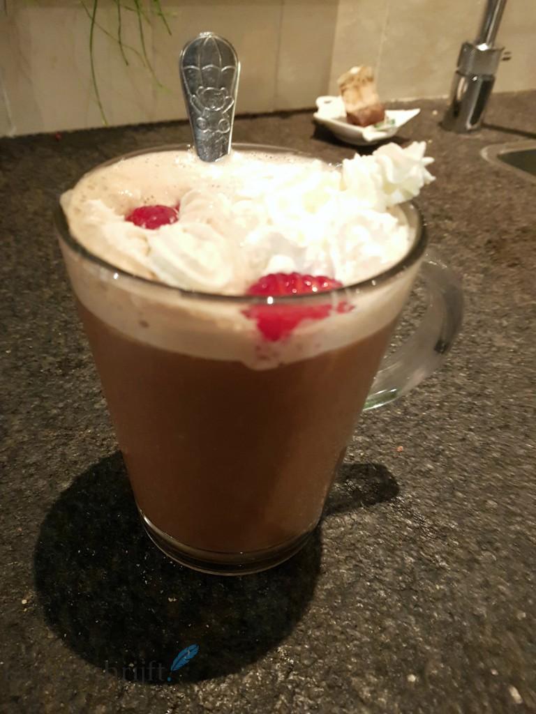 Cocktail van Licor 43 met chocolademelk Lisette Schrijft