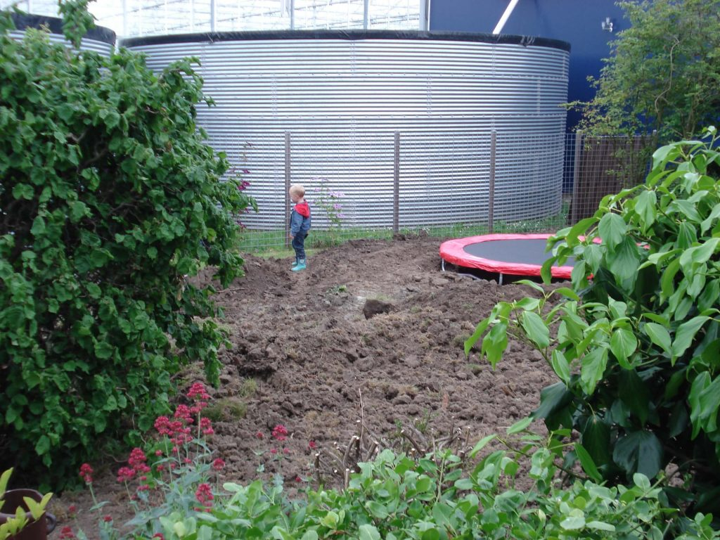 trampoline laten ingraven Lisette Schrijft