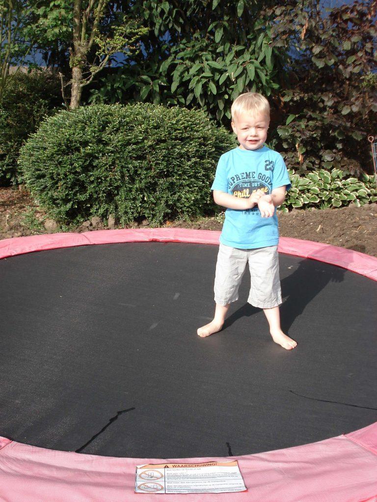 trampolinerand kopen voor trampoline Lisette Schrijft