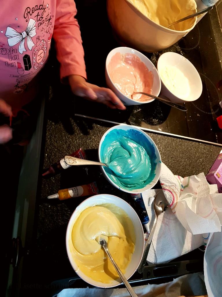 traktatie unicorn cupcakes Lisette Schrijft