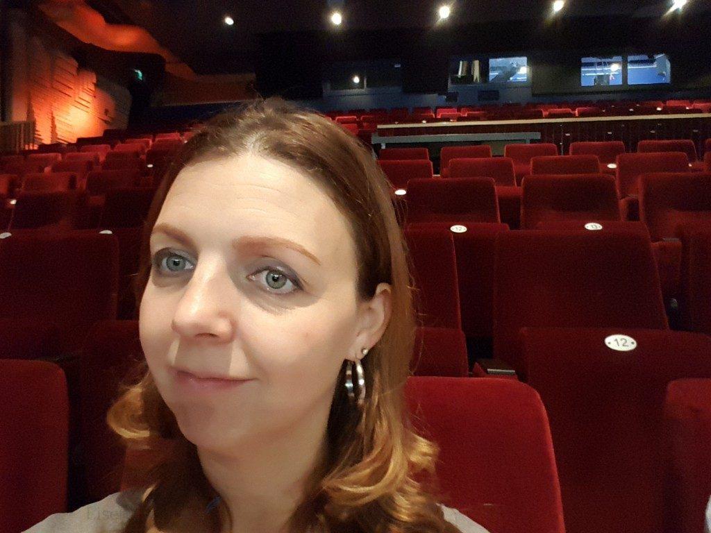uitje met groep 4 naar het theater Lisette Schrijft