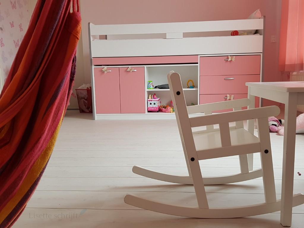 Babykamer Daphne Stijlen : Een echte meidenkamer: 50 tinten roze lisette schrijft