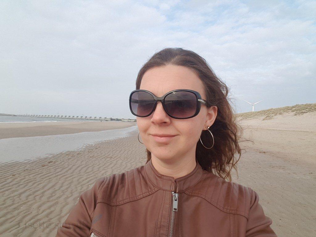 Roompot de banjaard in zeeland aan het strand lisette schrijft
