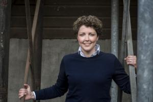 Boerin Steffie boer zoekt vrouw 2018