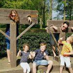een middeleeuwse schandpaal bij kasteeltuinen arcen leuk voor kinderen Lisette Schrijft
