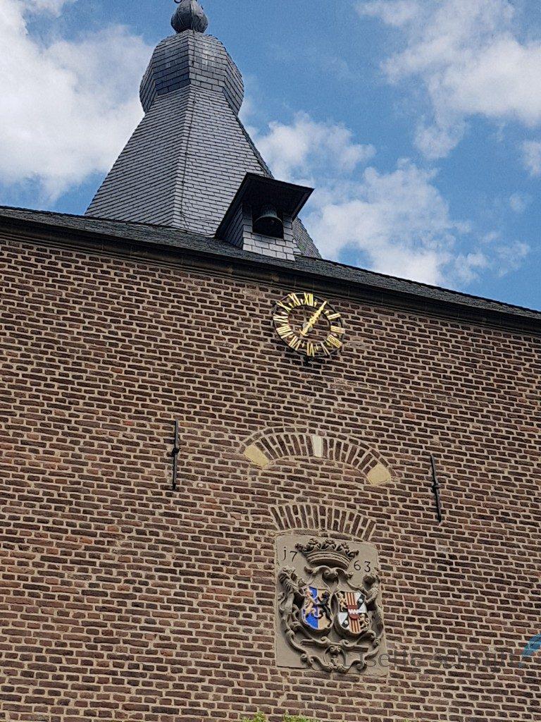 De toren stamt uit 1763 Lisette Schrijft