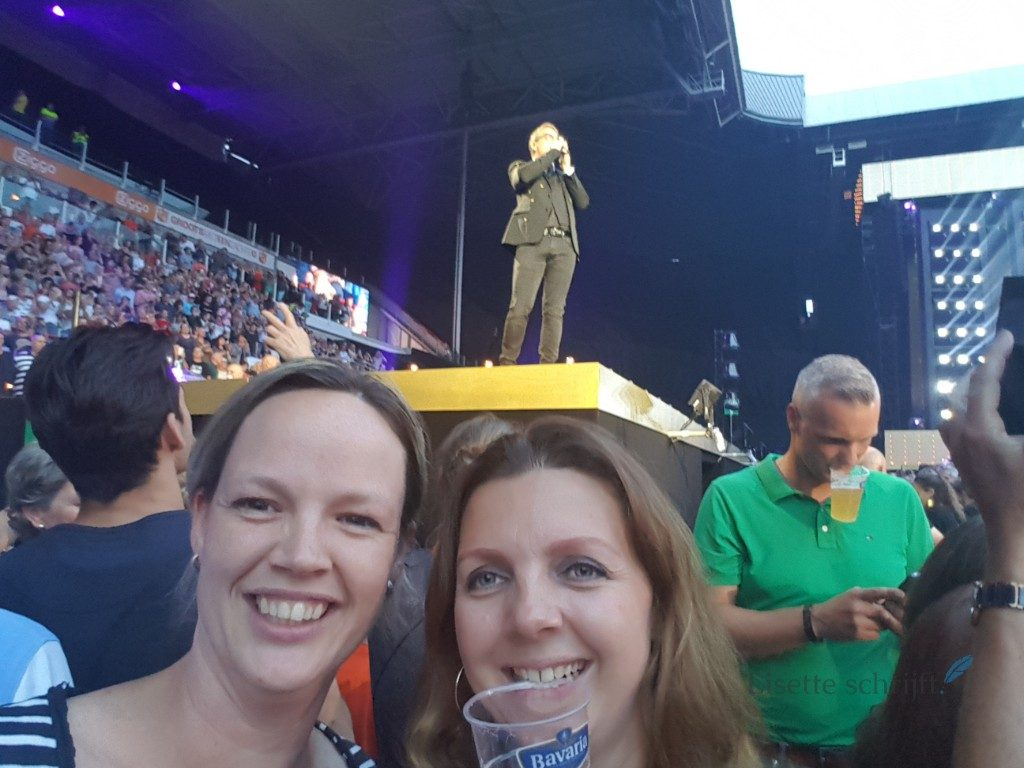 Groots met een zachte G Guus Meeuwis op het podium Lisette Schrijft