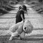 Enig kind: enig of juist zielig?