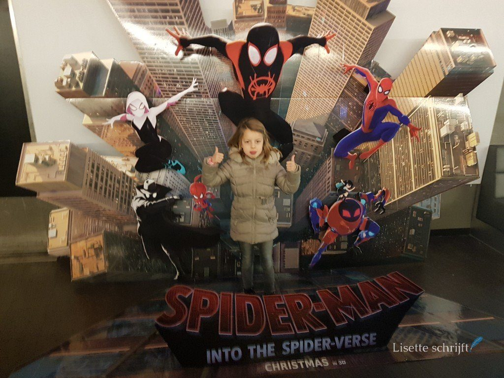 spiderman into the spider-verse Lisette Schrijft