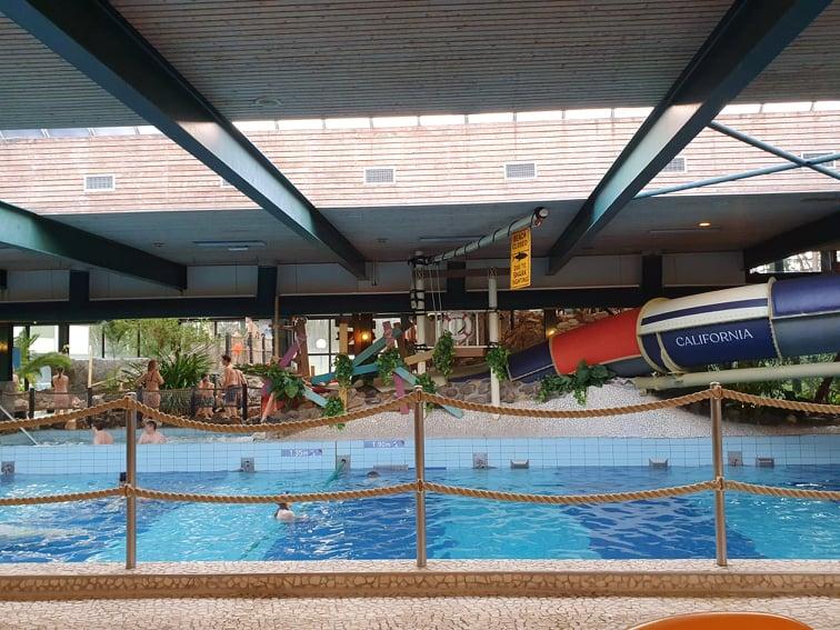 zwembad bij het vennenbos